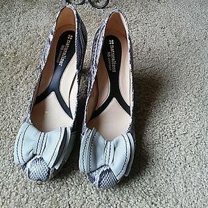 Naturalizer high heels shoes